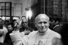 Papiez w Warszawie, 1983. fot. Jan Morek