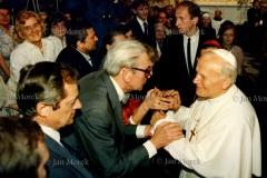 Spotkanie z artystami i naukowcami w kościele św. Krzyża w Warszawie 1987