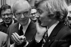 Krystian Zimerman (z lewej Witold Maucużyński) wygrywa Konkurs Chopinowski, 1975