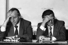 03  Negocjatorzy porozumień sierpniowych Mieczysław Jagielski i Kazimierz Barcikowski  na obradach KCPZPR w tydzień po rejestracji Solidarności