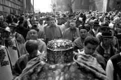 Kraków maj 10971  Procesja z Wawelu na Skalke, kardynalowie Karol Wojtylai Stefan Wyszynski fot. Jan Morek