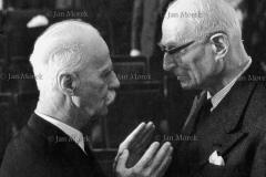 Prof. Tadeusz Kotarbiński i sędzia Mieczysław Szerer, 1967