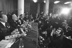 Układ Warszawa-Bonn w sprawie uznania granic PRL. 1967.  Kanclerz WillyBrandt i Premier Józef Cyrankiewicz