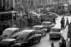 10.jpg|Warszawa, 1961-62, Aleje Jerozolimskie w godzinach szczytu