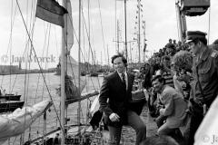 03  Krzysztof Baranowski wraca z samotnego rejsu dookola swiata. Szczecin 1973